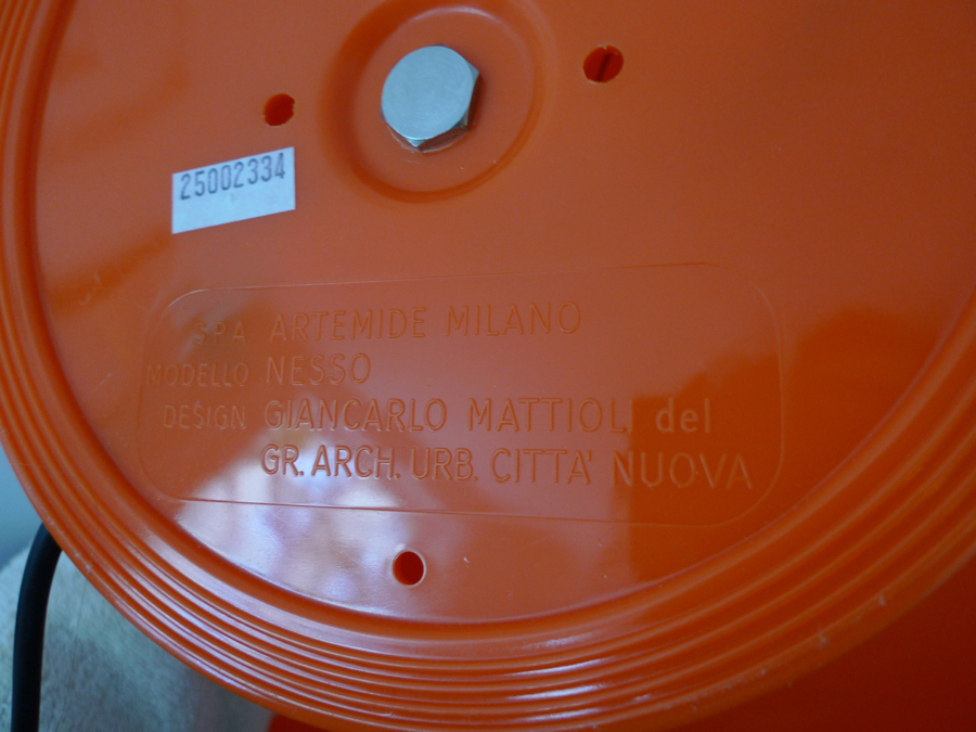 Artemide Nesso Table Lamp In Orange