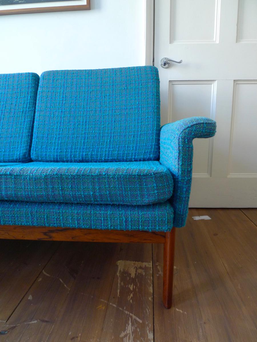 finn juhl jupiter rosewood sofa by france son w original bernat klein fabric place called. Black Bedroom Furniture Sets. Home Design Ideas